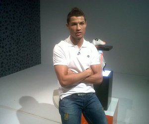 cristiano ronaldo and safari boots image