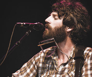 Ray LaMontagne and singer image