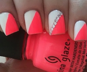 nails and summer color image