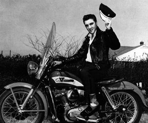 Elvis Presley and 50s image
