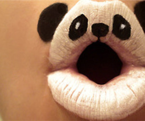 panda and lips image
