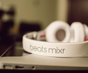 beats and music image