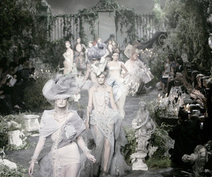 2005, Christian Dior, and Couture image