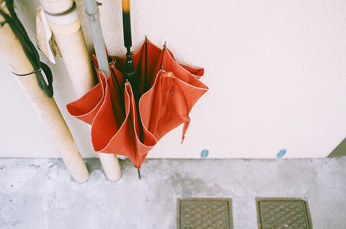 umbrella, vintage, and red image