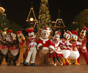 disney and christmas image