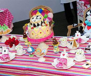 alice, alice in wonderland, and alice cakes image