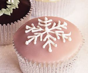 cupcake, delicious, and snowflake image