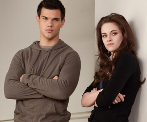 kristen stewart, bella swan, and breaking dawn image