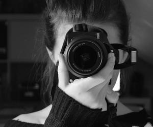 bun, camera, and jumper image