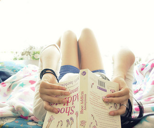 girl, book, and bed image