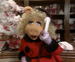 celebrity, christmas, and Miss Piggy image