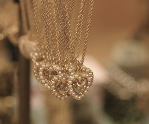 necklace, heart, and pearls image