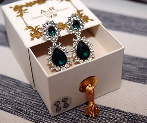 earrings, green, and H&M image