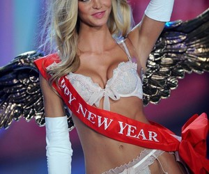 Erin Heatherton and vsfs12 image