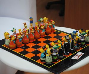 chess and simpsons image
