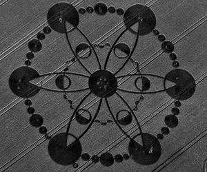 crop circles image