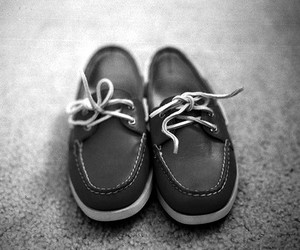 b&w, p&b, and shoes image