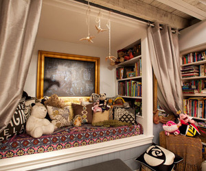 reading nook image