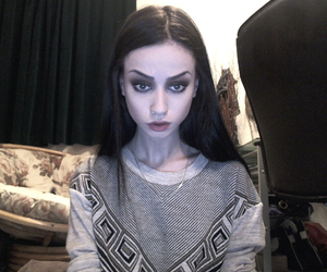 felice fawn and pale image