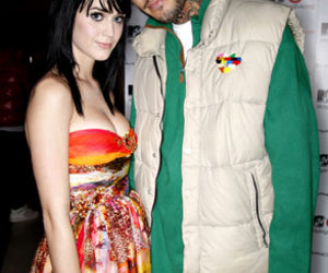 katy perry and Travis McCoy image