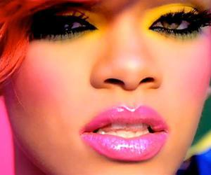 rihanna and who's that chick image