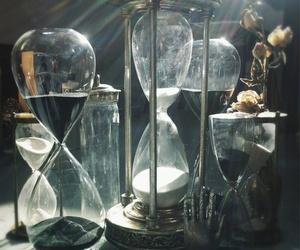 hourglass image
