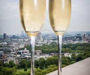 champagne and london image