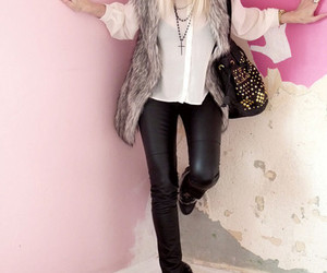 fashion and clogg boots image