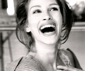 julia roberts, smile, and beauty image