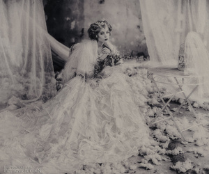 b&w, dress, and white image