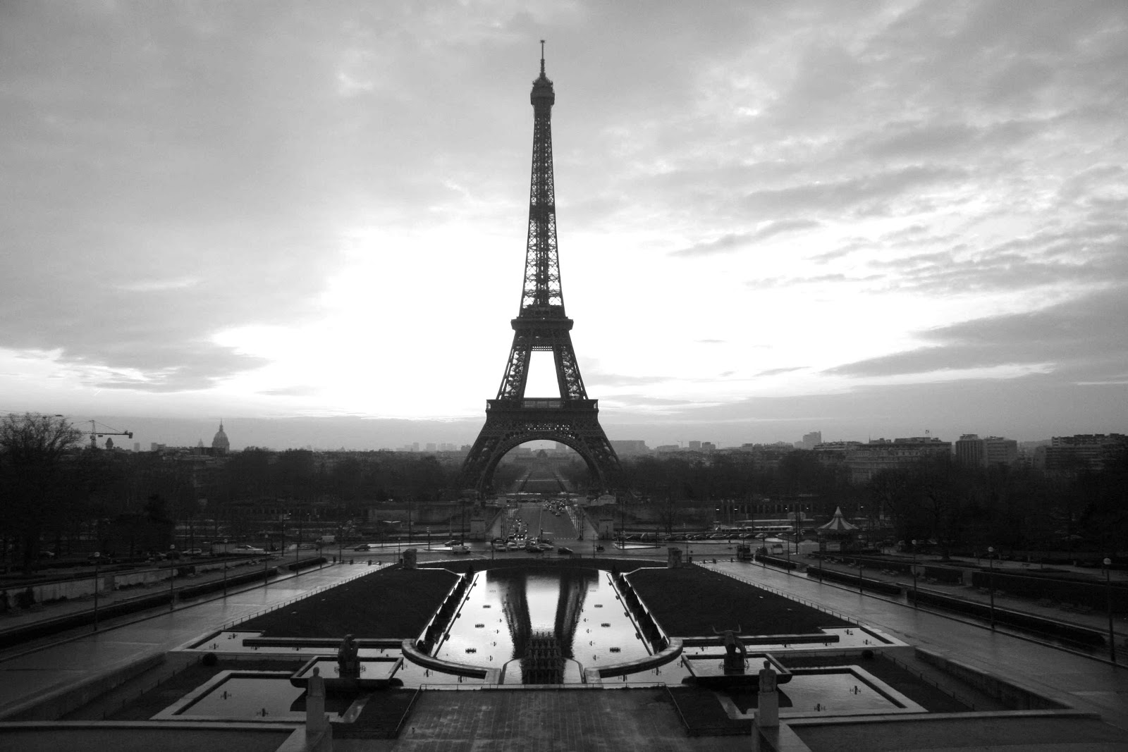 Eiffel tower paris black and white photos on we heart it