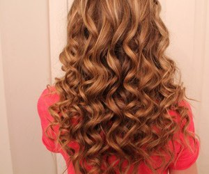 curly, girl, and pink image