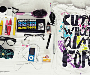 make up, cute is what we aim for, and ipod image
