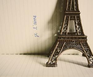 paris and je t'aime image
