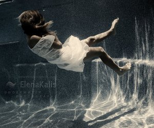 photography, elena kalis, and underwater image