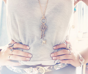 fashion, key, and necklace image