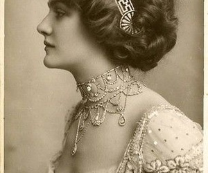vintage, lily elsie, and woman image