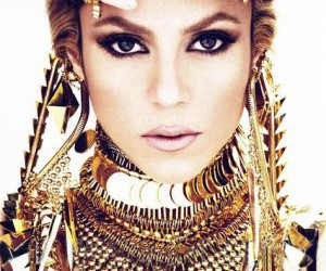 shakira and gold image