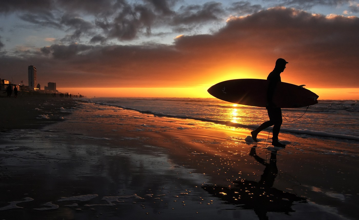 Sunset Surf Uploaded By Marc On We Heart It