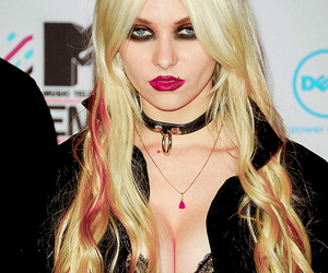 ema, Taylor Momsen, and ugly image