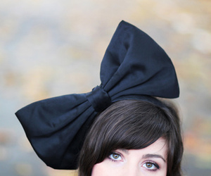 girl, bow, and photography image