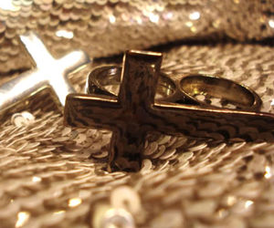 cross, rings, and 2 fingers image