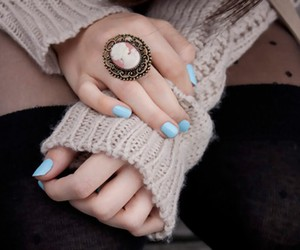 accessories, beauty, and brunette image