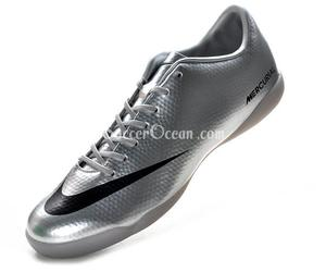 mercurial football boots image