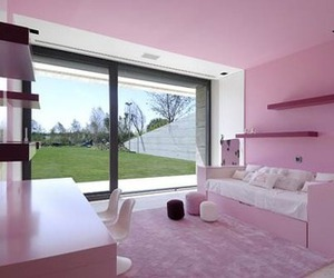 pink, girly, and bedroom image