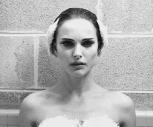 black swan, natalie portman, and black and white image