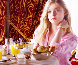 breakfast, Elle Fanning, and somewhere image