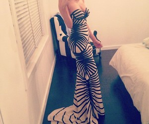 dress, fashion, and Hot image