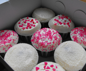 food, cupcake, and pink image