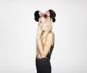 girl, minnie, and blonde image